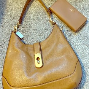 💗COACH💗 Handbag & Wallet Set